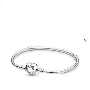 "Pandora Heart Clasp Bracelet 9.1"""